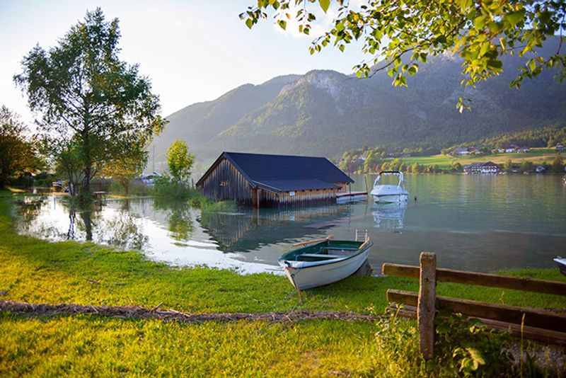Озеро Вольфгангзе в окрестностях Зальцбурга, Австрия