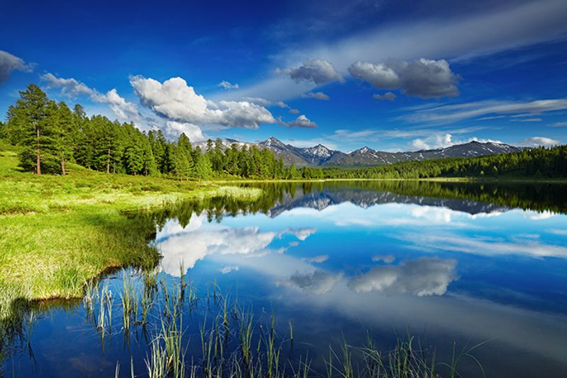 Горное озеро в Алтайском крае