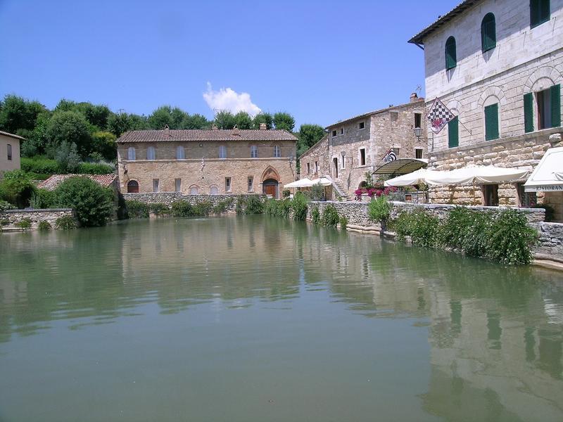 15 destinazioni in italia per un weekend romantico - Bagno vignoni b b ...