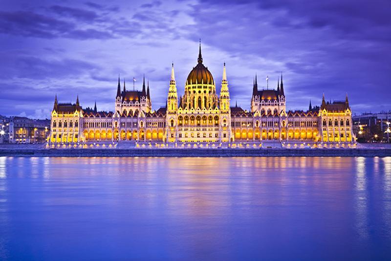 Вид на здание Парламента Венгрии