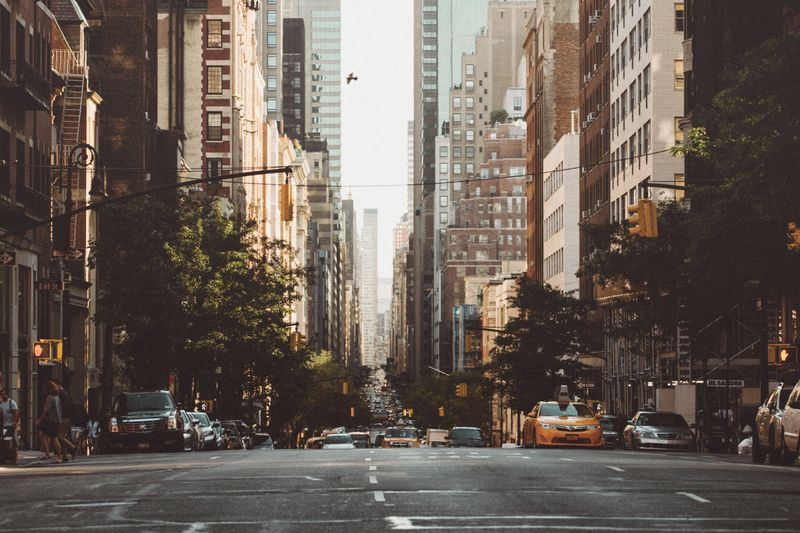 A New York avenue in the morning