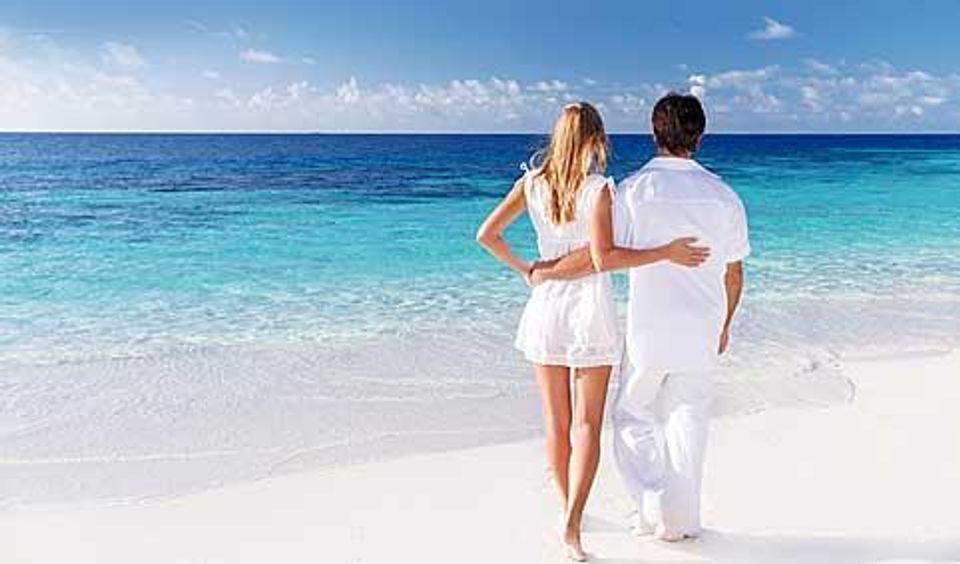 Top Luxury Honeymoon Destinations - 10 romantic and luxurious honeymoon destinations