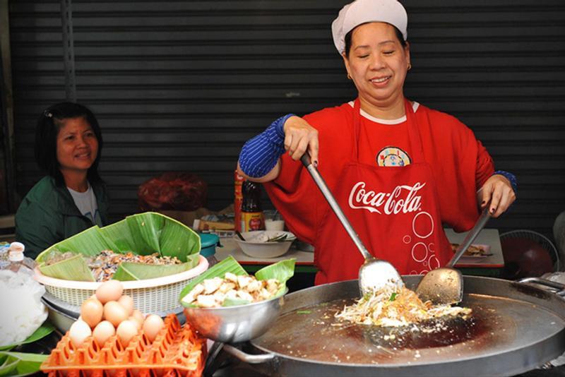 Тайская уличная еда в Бангкоке