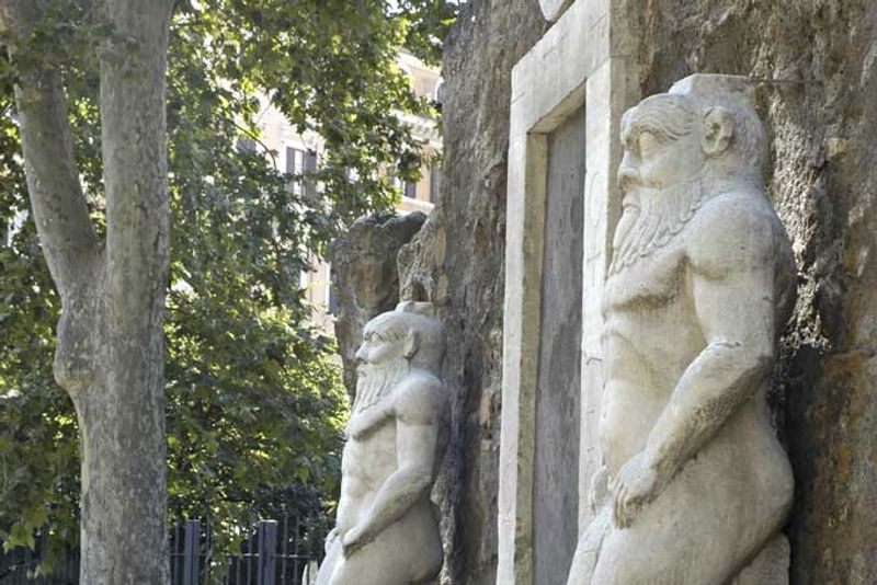 Roma Porta Alchemica