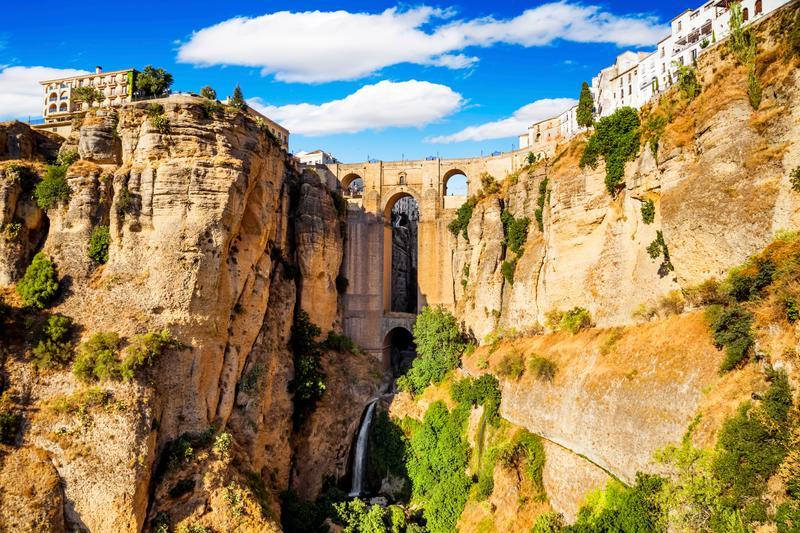 The impressive Puente Nuevo bridge in Malaga