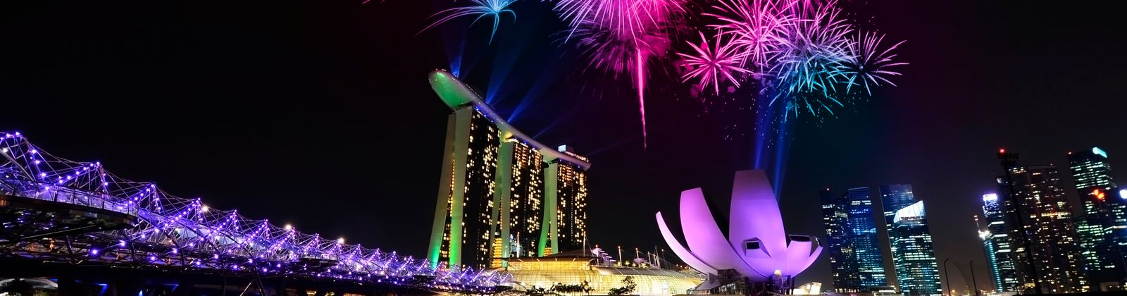 where to watch fireworks in singapore best times and places