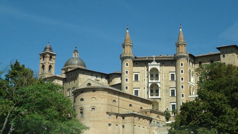 Aeroporto Urbino : Le città più belle d italia per il
