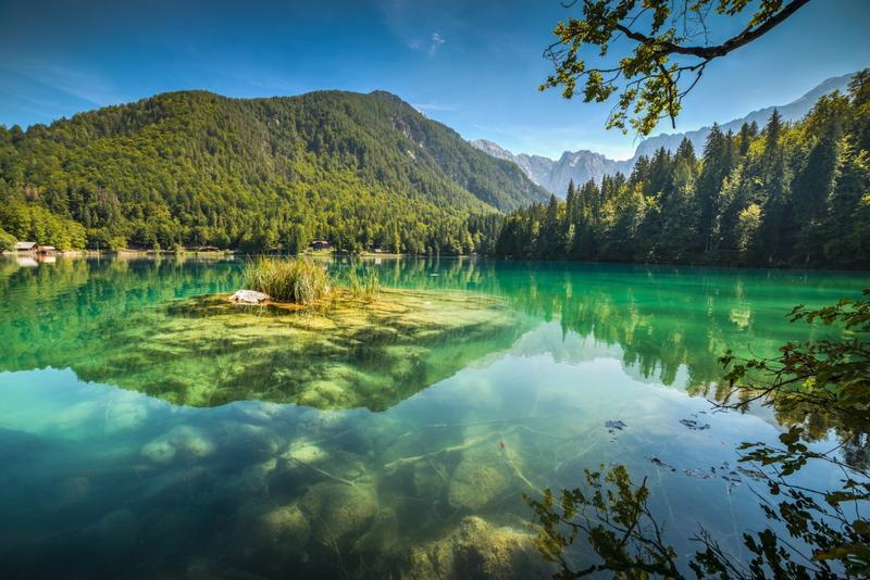 I 15 laghi pi belli d 39 italia - Laghi dove fare il bagno veneto ...