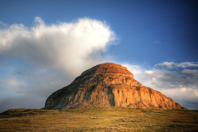 [Image: 680-castle-butte-big-muddy-valley-saskat...quality=75]