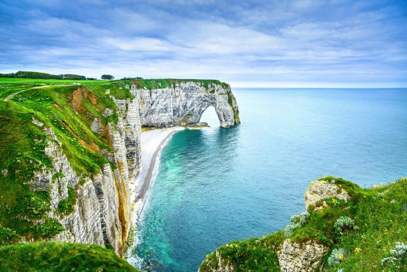 acantilados de etretat en francia