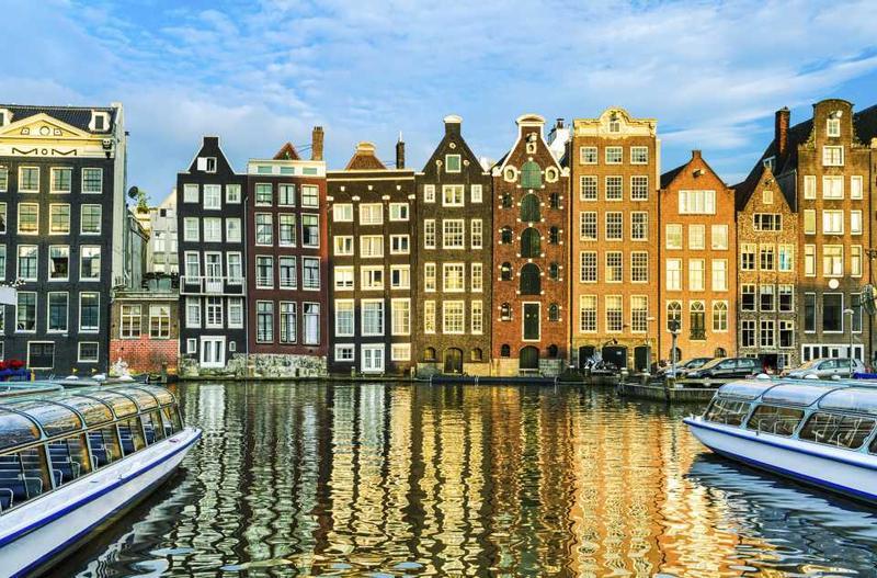 Амстердамские домики на канале