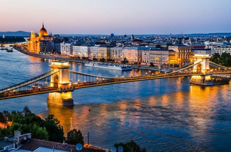 Clique na imagem e confira os voos para Budapeste!