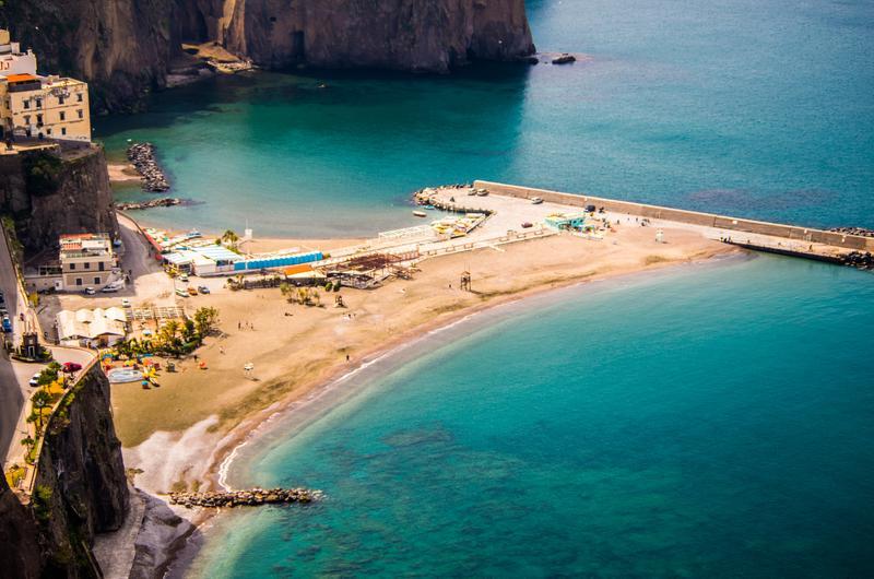 Der Strand von Meta, Kampanien