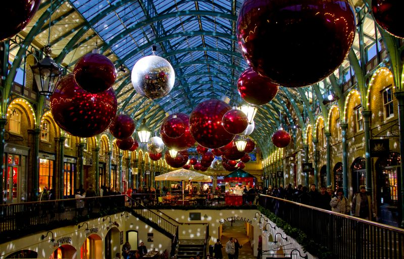 Рождественская ярмарка в Ковент-Гардене, Лондон, Великобритания