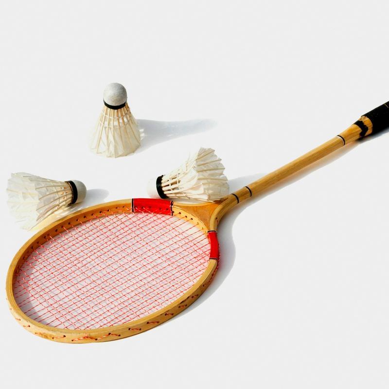 badminton-racket.jpg