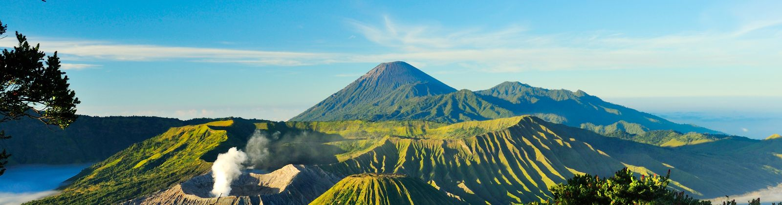 Join the adventure as Skyscanner explores wonderful Indonesia