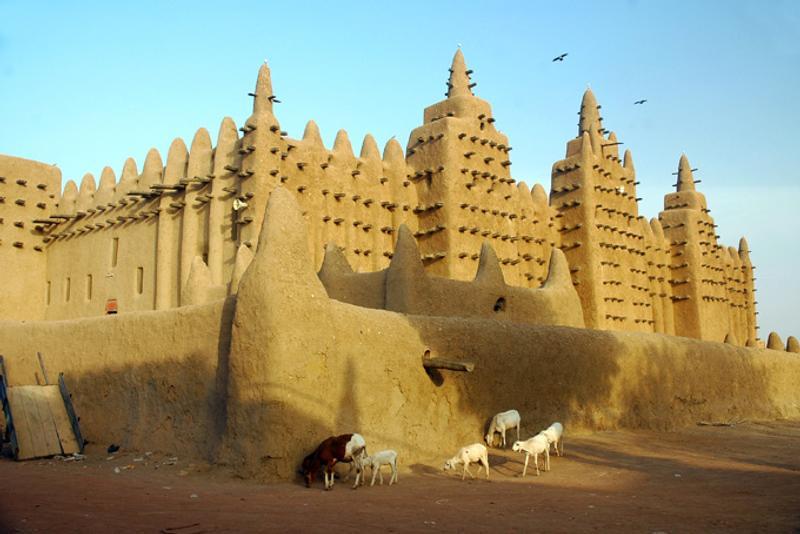 Глиняная мечеть в Дженне, Мали