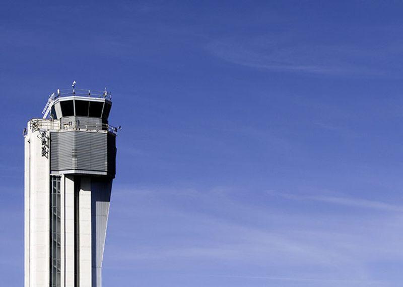Диспетчерская вышка, заброшенный международный аэропорт Стэплтон, США