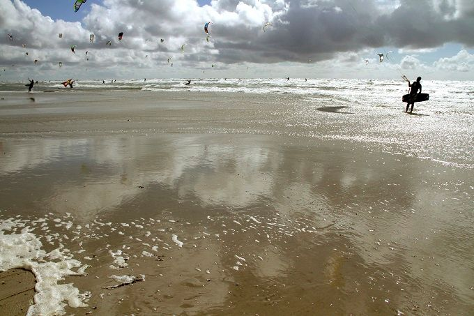 Kite surfers in St. Peter-Ording, Germany