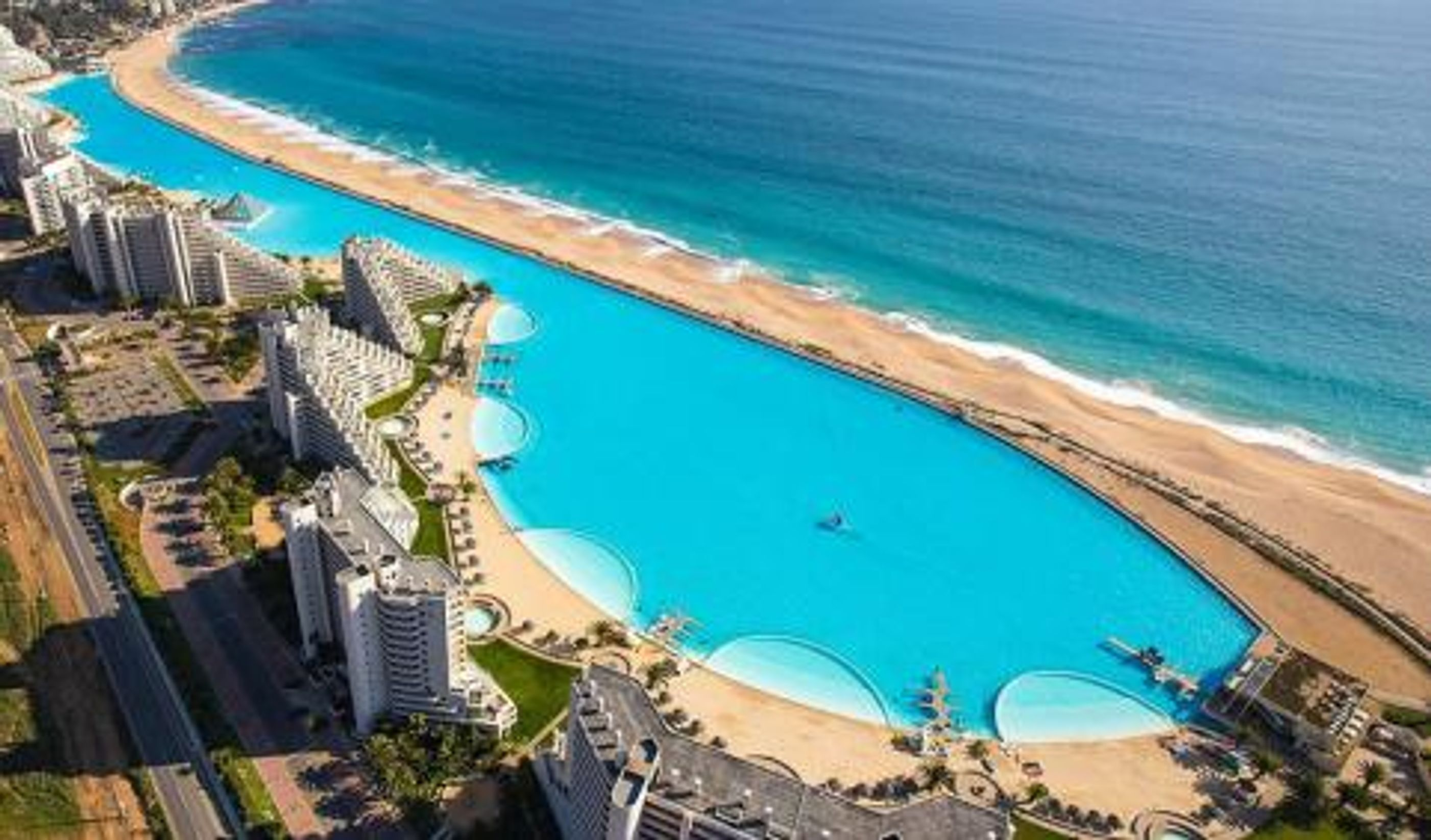 top 12 worlds most amazing hotel pools