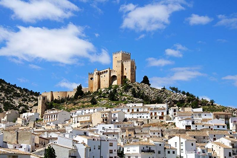 Castillos y Fortalezas de España Velez-blanco-castle-de-los-fajardo-almeria-andalusia-spain