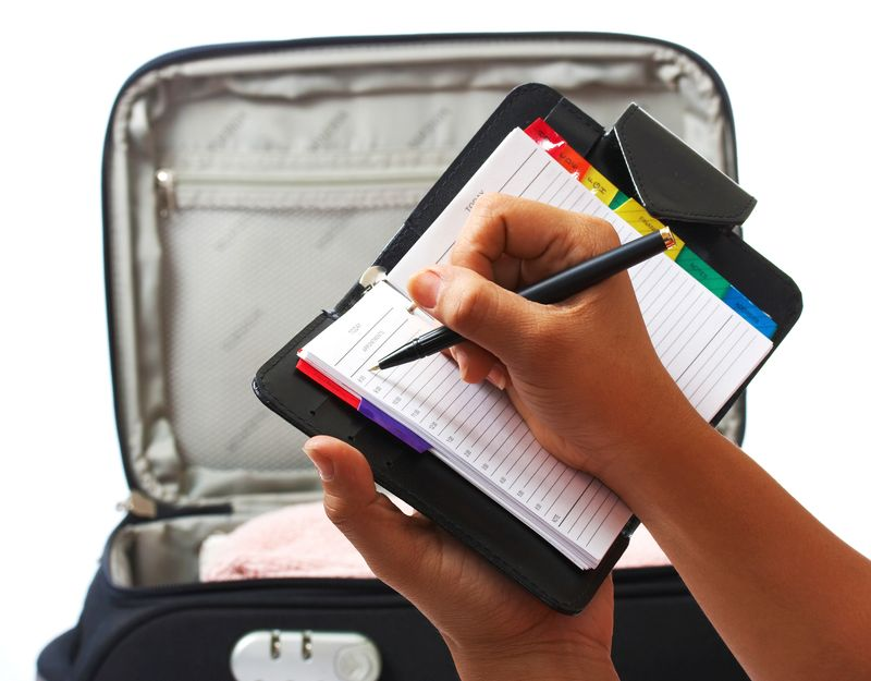 Download Skyscanner's packing list