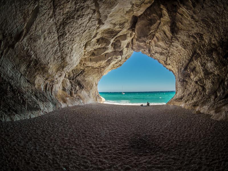 Estate 2017, spiagge italiane: Cala Luna