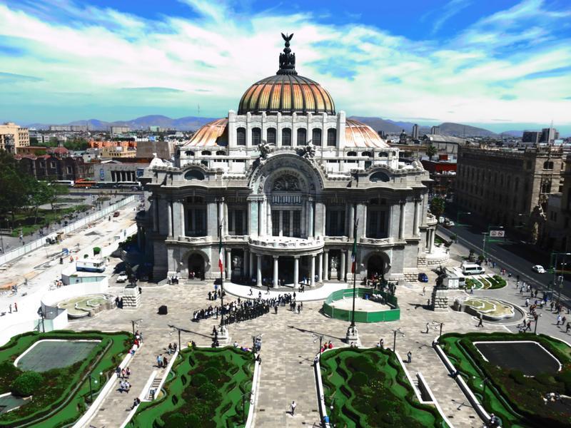 Encontre passagens aéreas para a Cidade do México clicando na imagem!