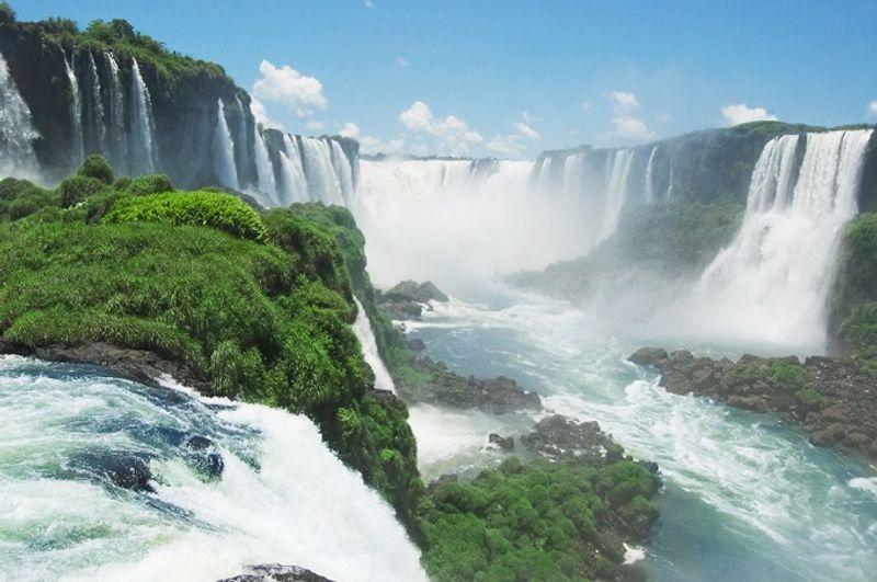 cataratas de iguazú entre brasil y argentina