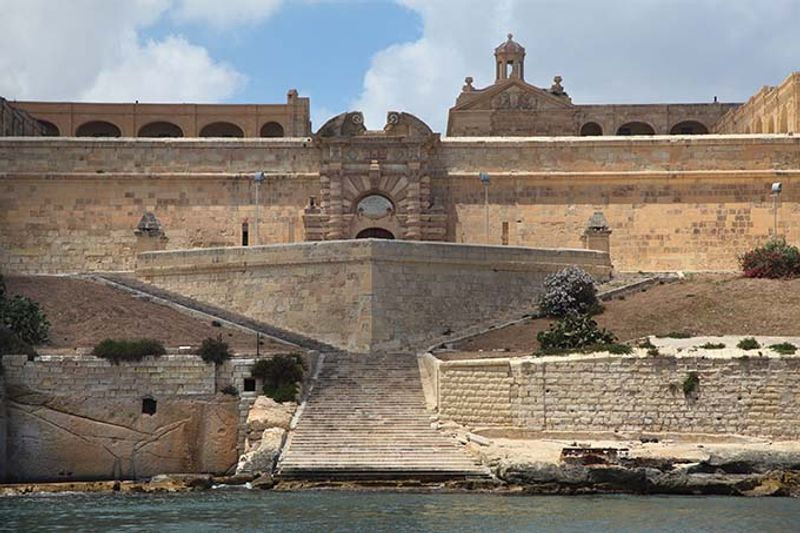 Fort Manoel