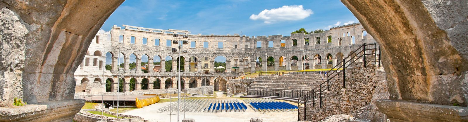 how to get to pula croatia