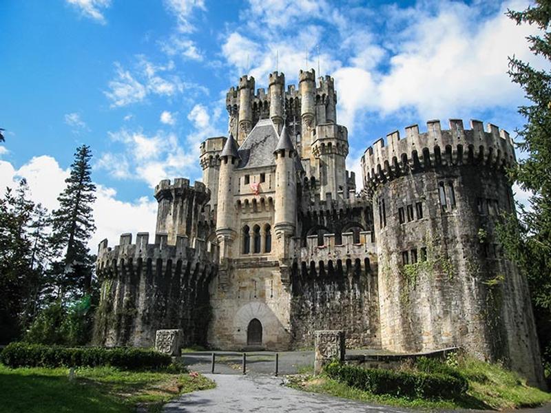Castillos y Fortalezas de España Butron-castle-basque-country-spain