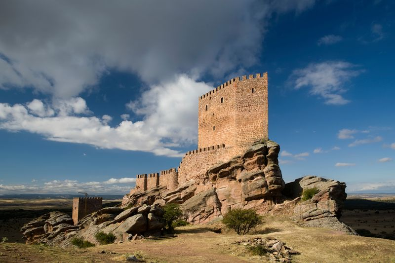 castillo de zafra torre de la alegría guadalajara juego de tronos