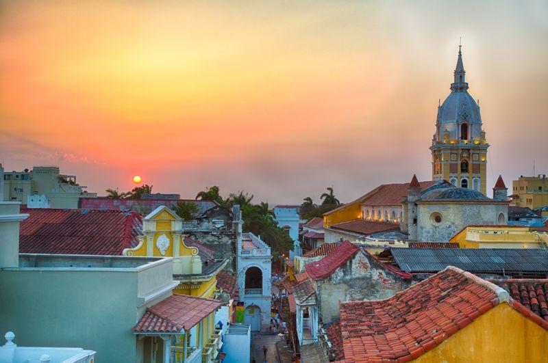 Procurando passagens aéreas para Cartagena? Clique na foto e descubra!