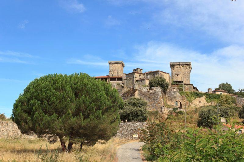 castillo de monterrey en Ourense
