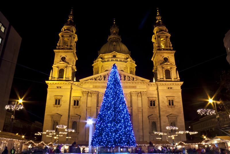 Рождественская ярмарка в Будапеште, Венгрия
