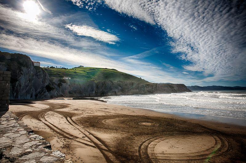 playa de itzurun zumaia