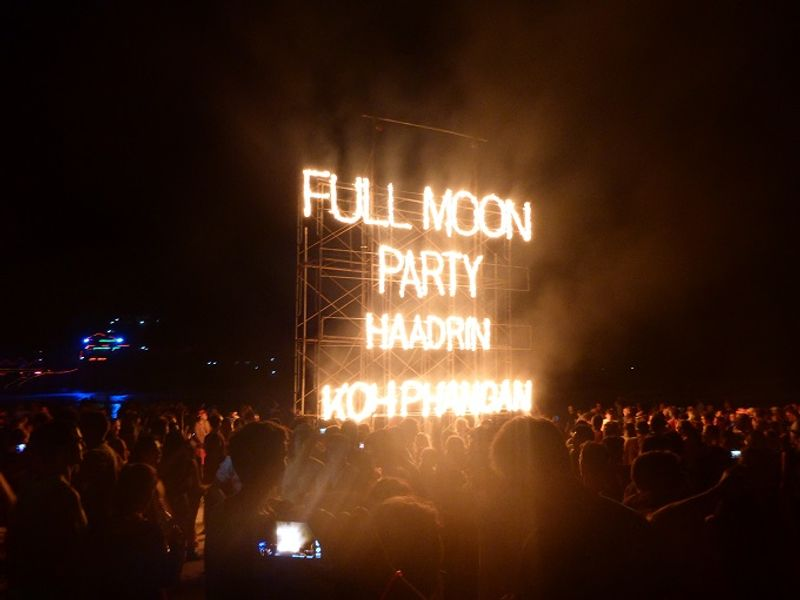 Haad Rin Beach Full Moon Party, Koh Pha Ngan, Thailand.