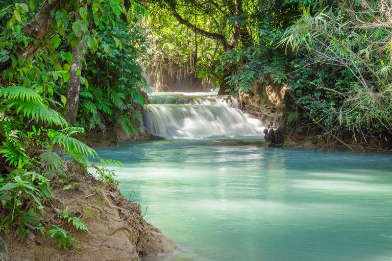 Laos, sommerlich im April