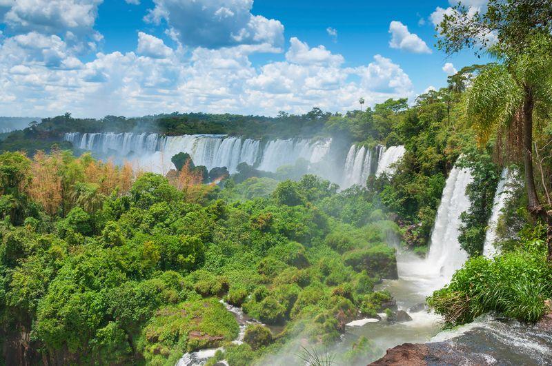 Iguazú Wasserfälle in Brasilien und Argentinien
