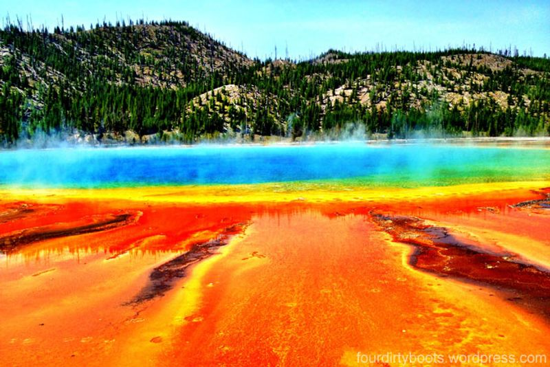 This Beauty Is The Largest Hot Spring You Ll Find In United States And Third World Behind New Zealand S Frying Pan Lake Boiling