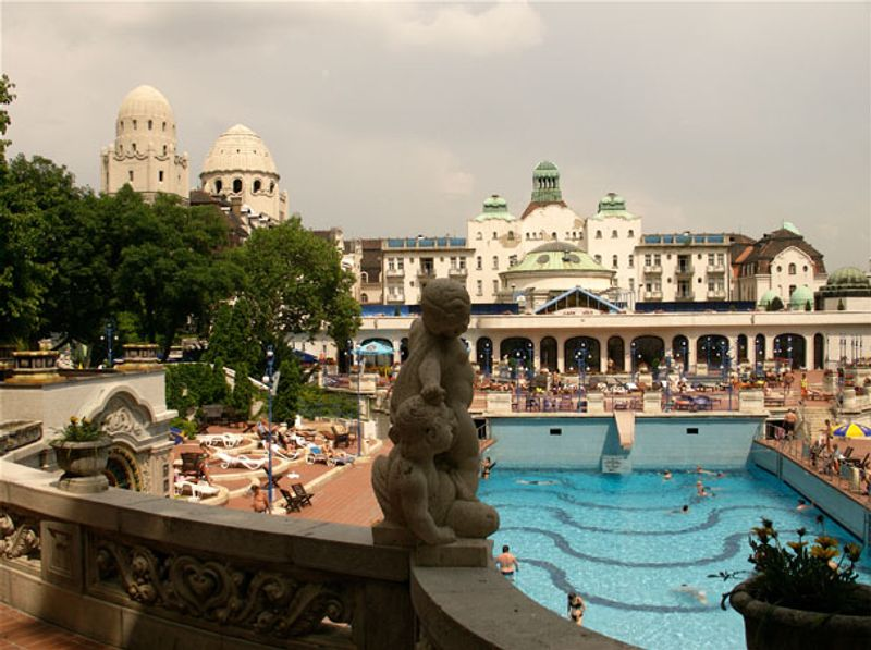 Gellert baths, Budapest ©Sandra Cohen-Rose and Colin Rose / Flickr