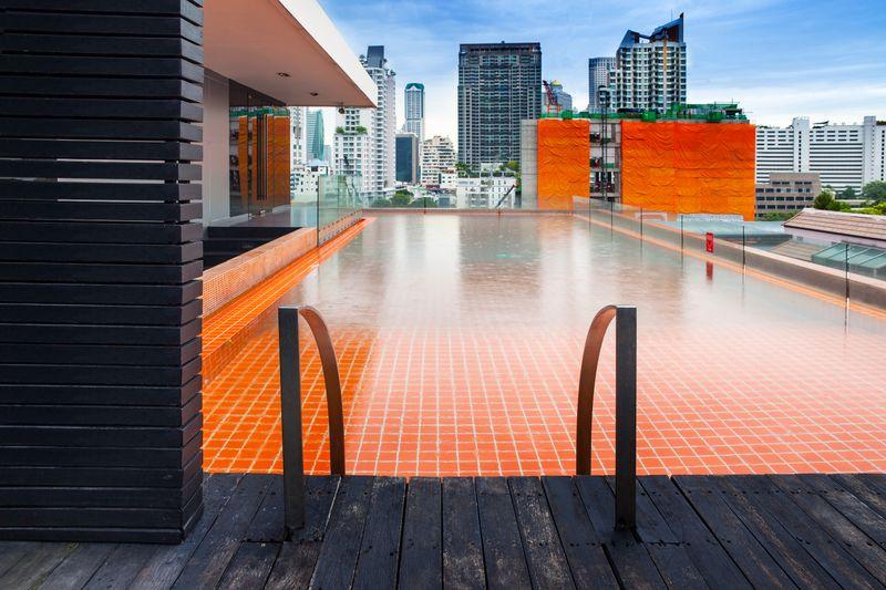 Hotel piscina ático
