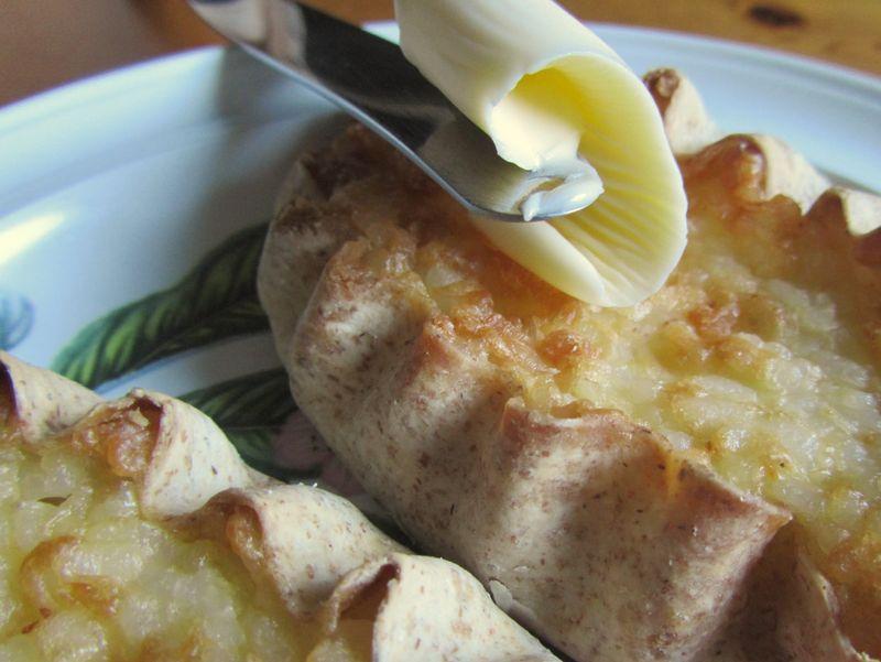 Карельская выпечка – калитки с картошкой
