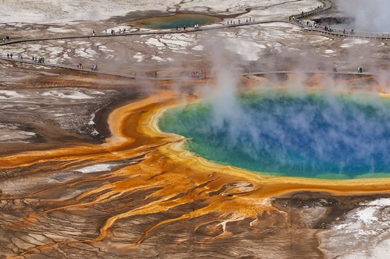 grand prismatic spring en yellowstone estados unidos