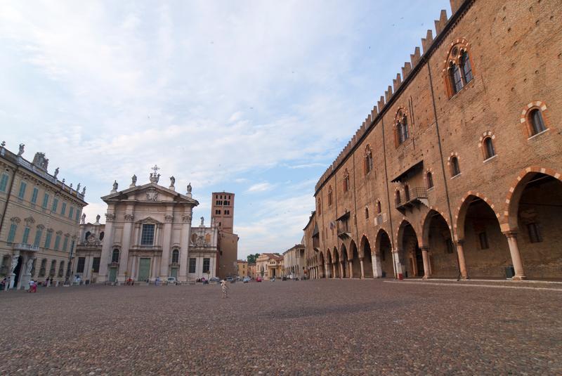 14 cose da vedere a mantova mantova travel group for Piazza sordello