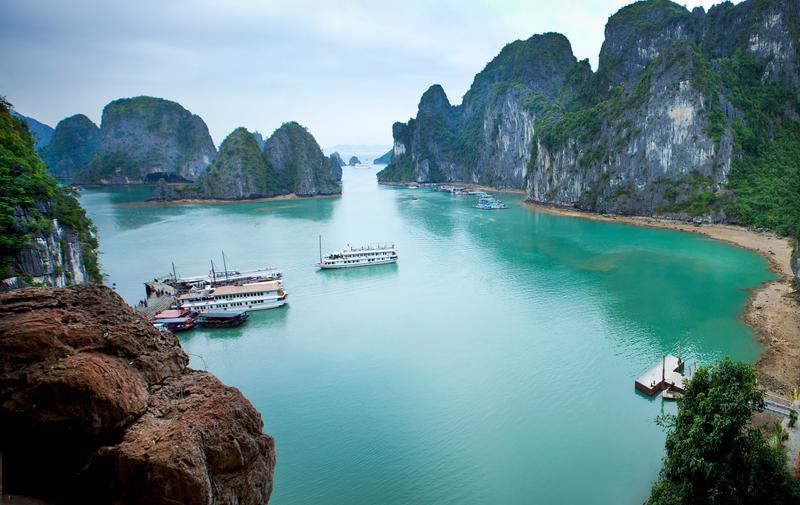 Πανοραμική θέα του θαλάσσιου τοπίου στο Βιετνάμ