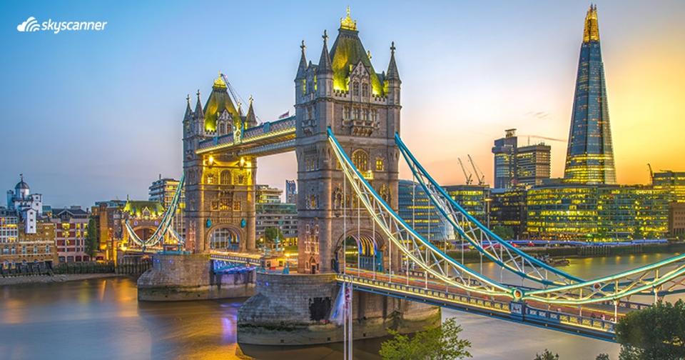 สะพานหอคอยคู่ (London Tower Bridge) ลอนดอน  สหราชอาณาจักร