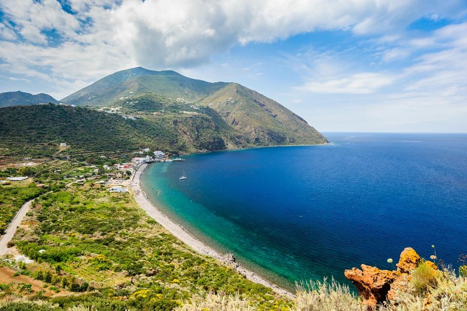 Isole della Sicilia: Filicudi, Capo Graziano