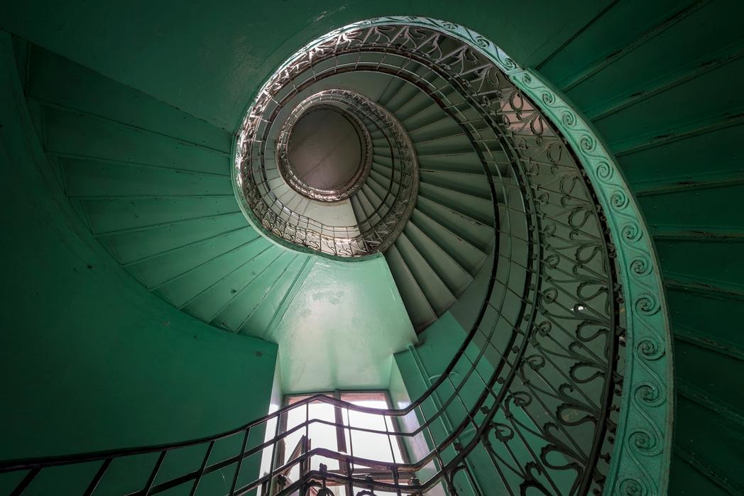 Ελικοειδής σκάλα στην Πράγα - ταξίδι στη Βαρσοβία